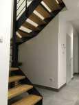 escalier-lateral-marches-bois.jpg
