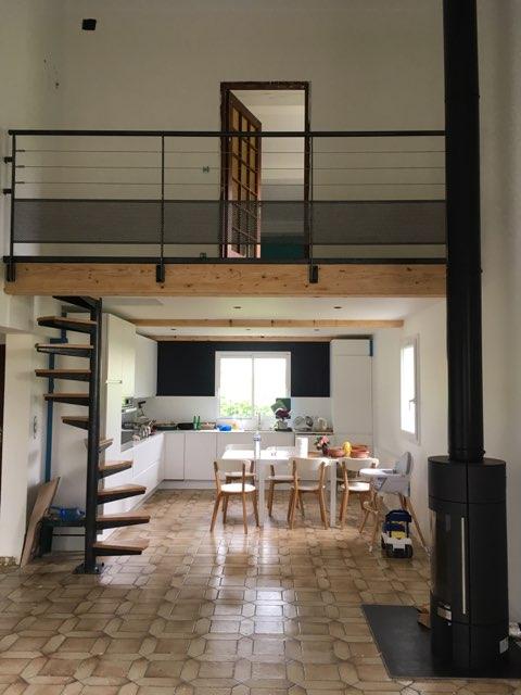 escalier m tal h lico dal. Black Bedroom Furniture Sets. Home Design Ideas