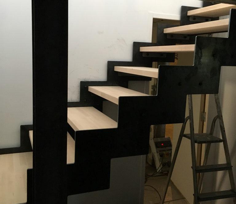 escalier sous-sol combles