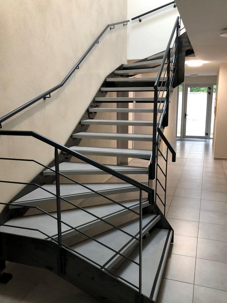 escalier batiment public