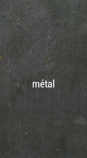 escalier marches en métal