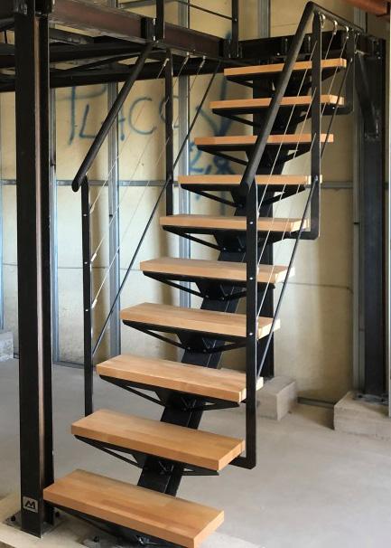 pose escalier mezzanine gîte auvergne